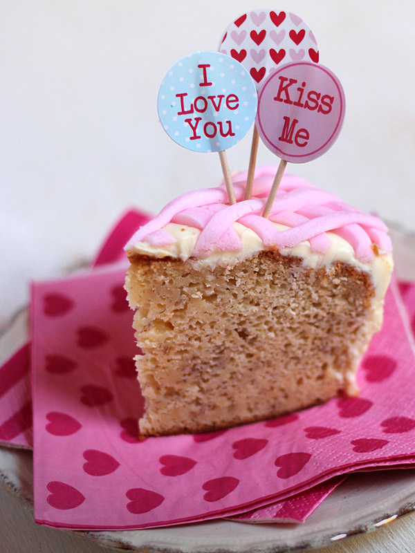 Valentines Sweetheart Cake