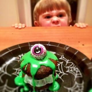 Halloween Monster Slime Cakes